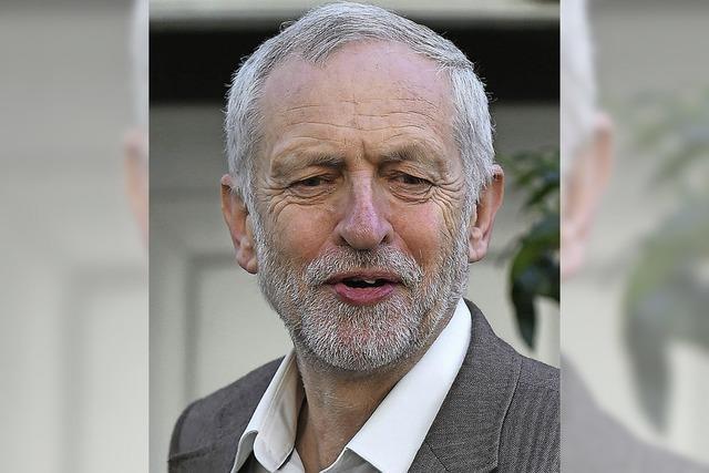 Labour-Fraktion stellt sich gegen Chef Corbyn