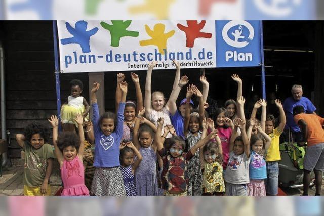 5500 Euro für Schulen in Ghana
