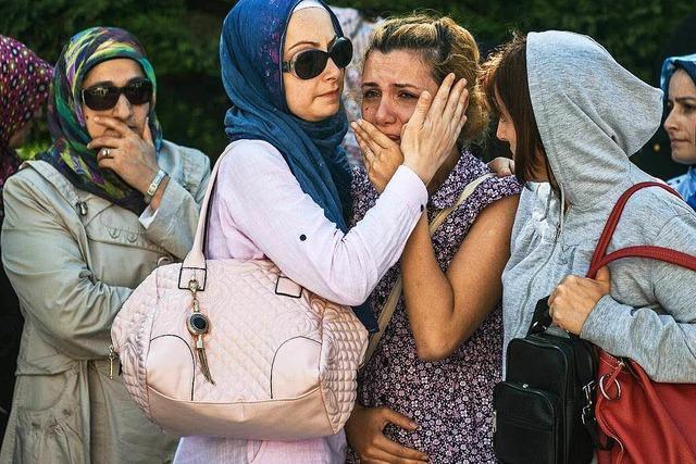 Mindestens 41 Tote und 239 Verletzte bei Anschlag in Istanbul