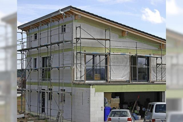 Zustimmung zu Milchviehstall und Haus mit Pultdach