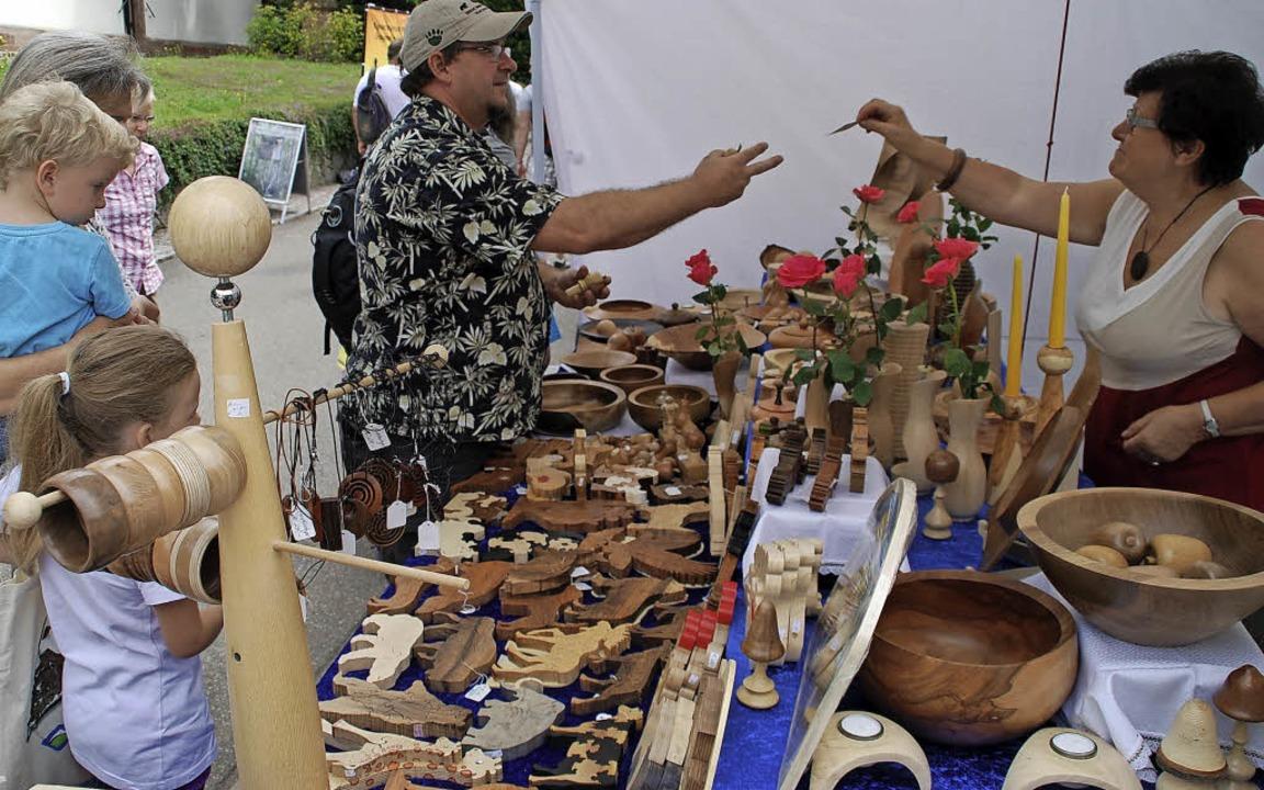 Erstmals gibt es  einen Kunsthandwerksmarkt.     Foto: edi