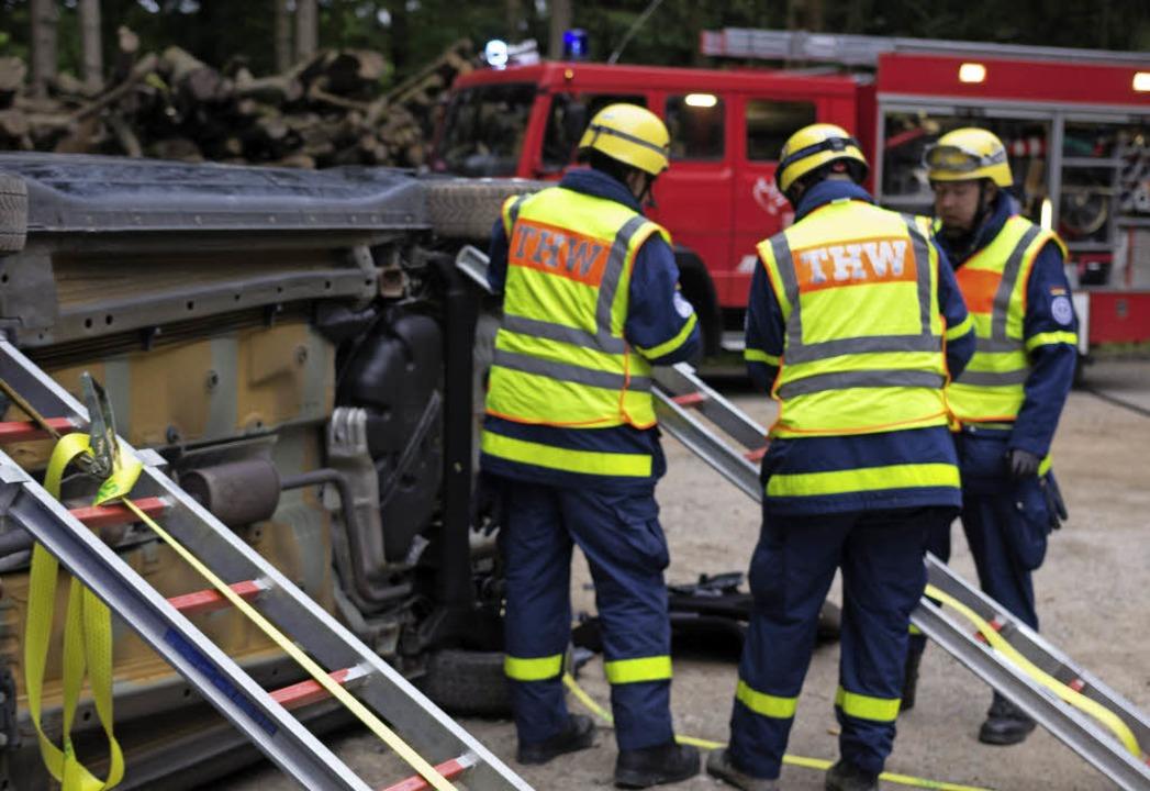 <BZ-FotoAnlauf>THW und Feuerwehr:</BZ-FotoAnlauf> gemeinsame Sache  | Foto: zvg