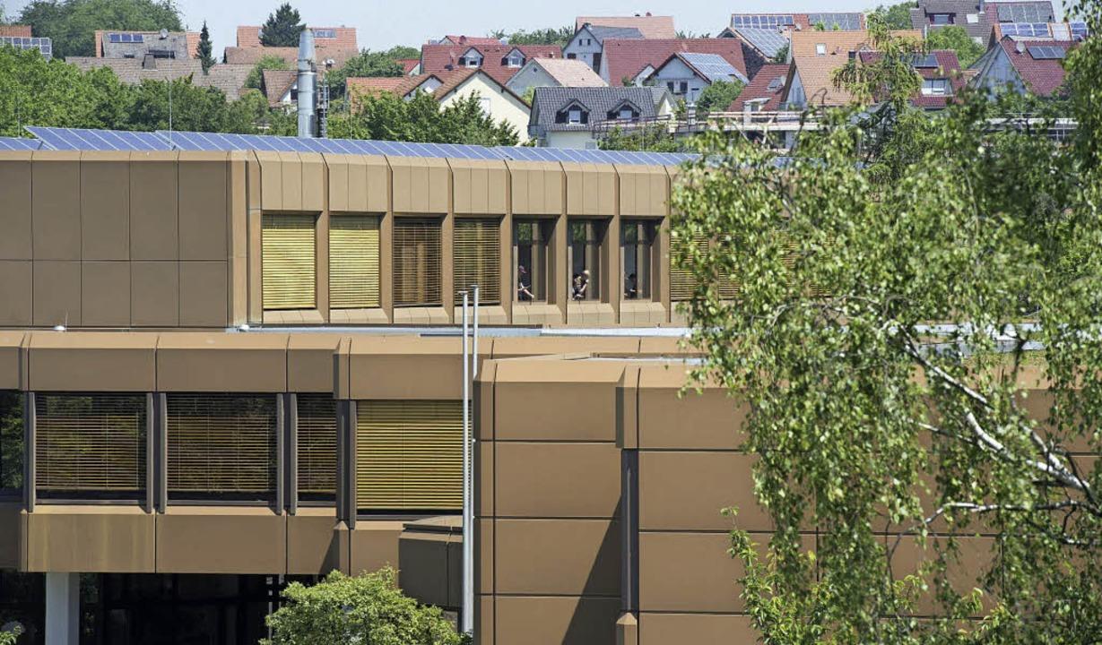 Blick auf das Schulzentrum in Müllheim...von hier nach Bad Krozingen umsiedeln.  | Foto: Volker Münch