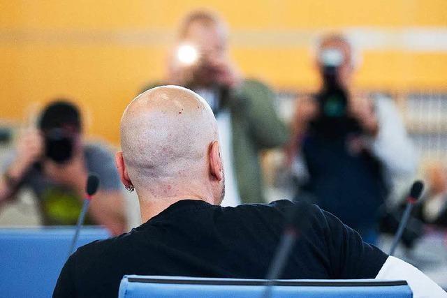 Messerangriff auf OB Reker:14 Jahre Haft für Attentäter
