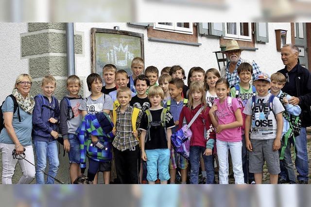 Kinder, Kirche und Krone