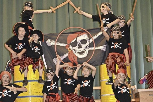 Hebelschüler spielen Zirkus