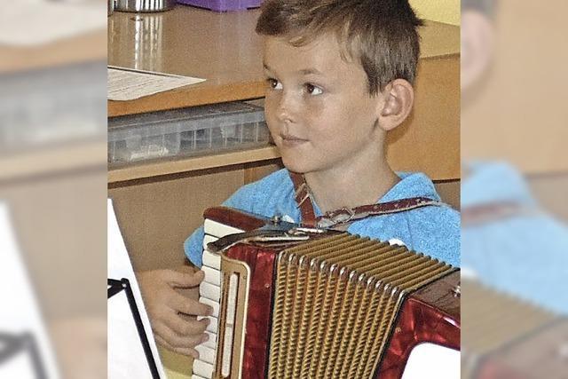 Akkordeonisten messen sich im Wertungsspiel