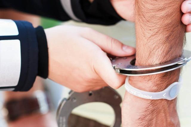 Polizei gewinnt Verfolgungsjagd nach Frankreich