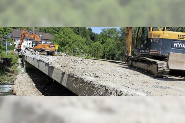 Die Stollenbrücke wird abgerissen