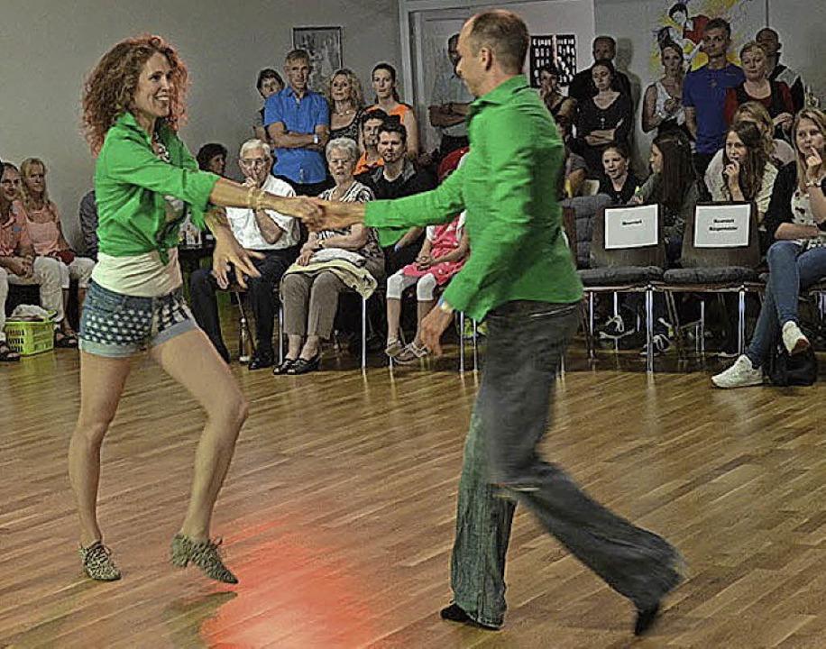 Mit Spaß, Schwung und Können: Discofox beim Wettbewerb in Denzlingen   | Foto: Privat