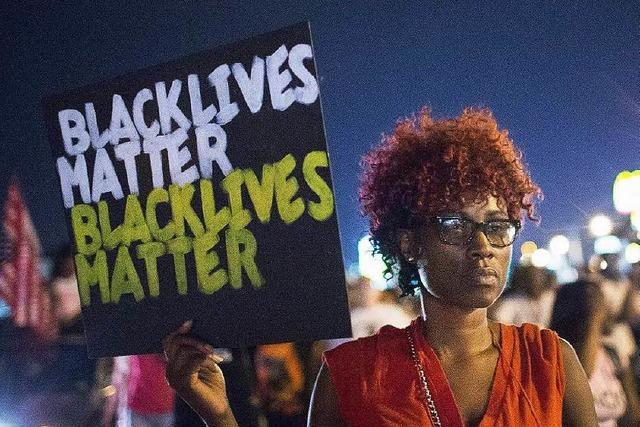 USA: Erneut Afroamerikaner von Polizisten erschossen