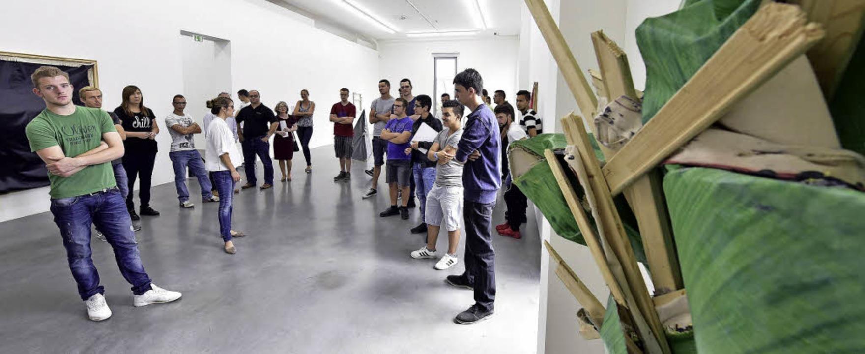 Kulturschule ganz praktisch: Die angeh...mit Rückenleiden (ganz hinten Mitte).   | Foto: Thomas Kunz