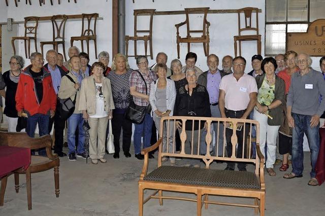 Stühlerücken in St. Loup