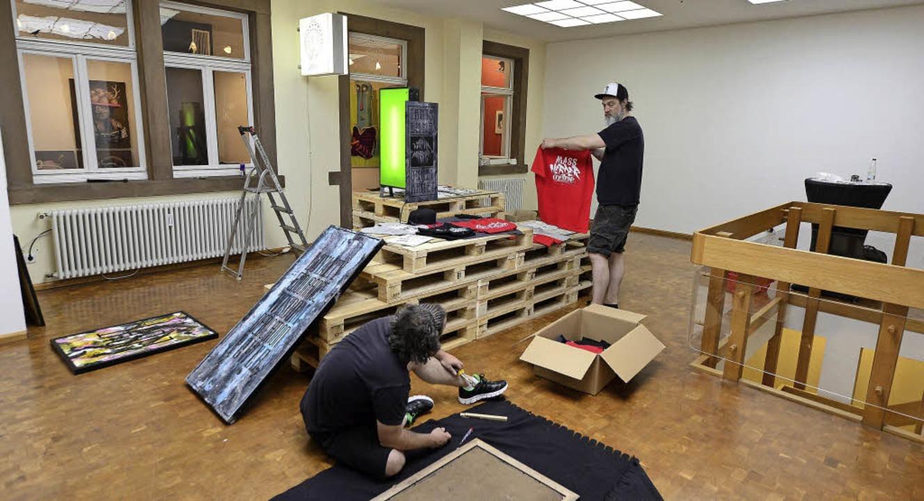 Die Künstler Fritz Boogie und Steve va...gregat, Hildastraße 5, gezeigt wurde.   | Foto: In go Schneider