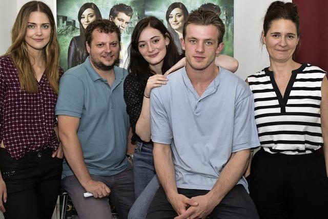 Kreischende Teenies bei den Stars des Kinofilms