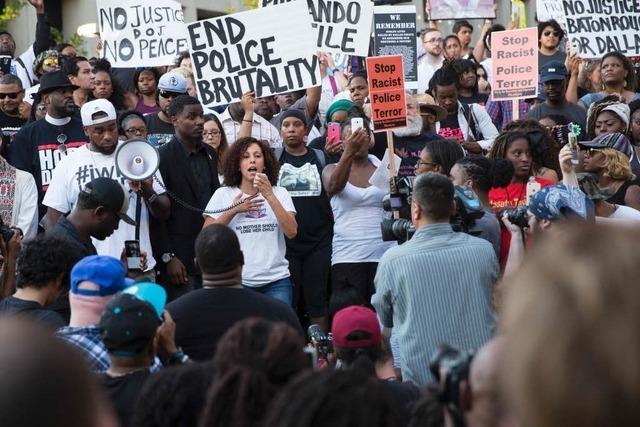 Toter Verdächtiger von Dallas handelte nach eigenen Worten allein