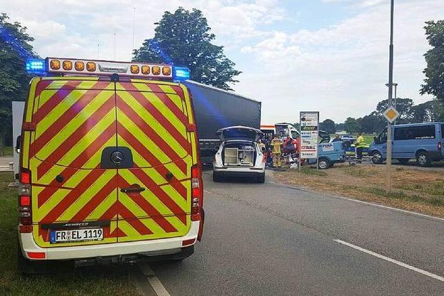 Zwei schwere Unfälle innerhalb kurzer Zeit im Gewerbepark Breisgau