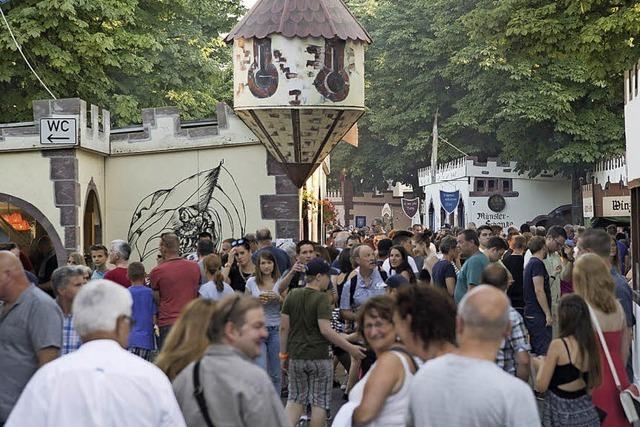 Nepomukfest lockt Tausende Besucher bei hochsommerlichen Temperaturen