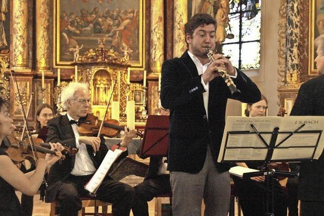Streicher und Solooboe im anmutigen Wechselspiel der Melodien