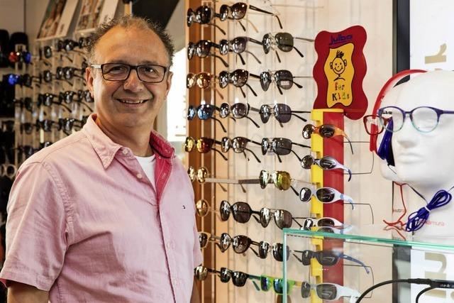 Uhren-Reich hat jetzt auch Brillen in Waldkirch