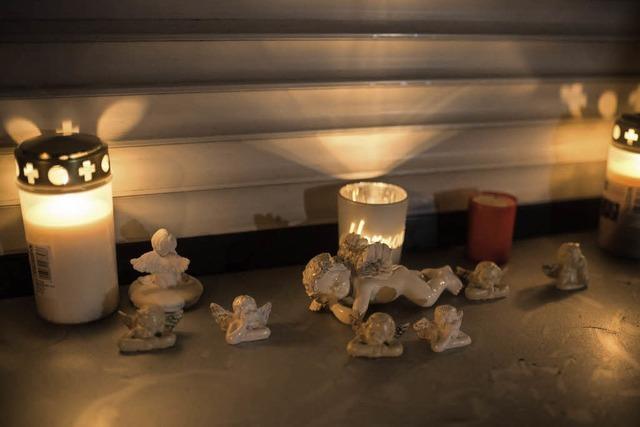 Prozess wegen des mutmaßlichen Mordes an acht Babys beginnt