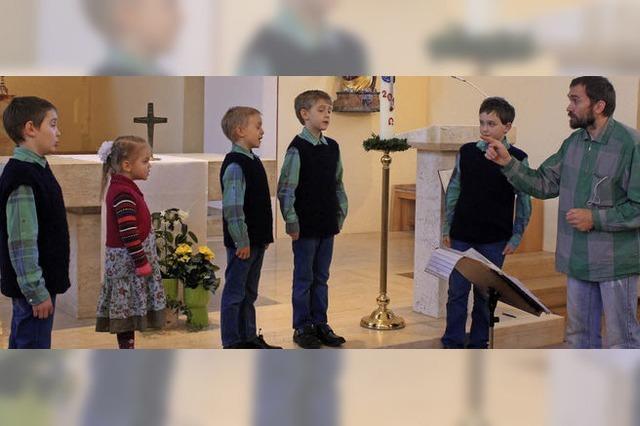 Mit Familie Kraft (Josef Kraft und seine Kinder Josef Maria, Gabriel, Elias, Johannes und Tatjana) in Friedenweiler