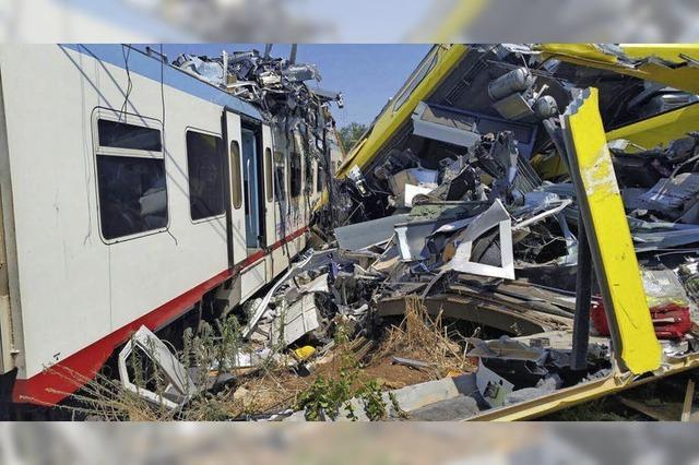 Mindestens 26 Tote bei Zugunglück in Süditalien