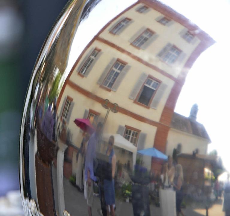 Perfekte Melange: Diga  und Schloss Beuggen   | Foto: Peter Gerigk