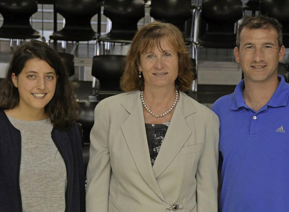 Kristina Buddrus (links) von Tempus fugit mit Petra Sauer und Thomas Schmitt  | Foto: S. Hesser