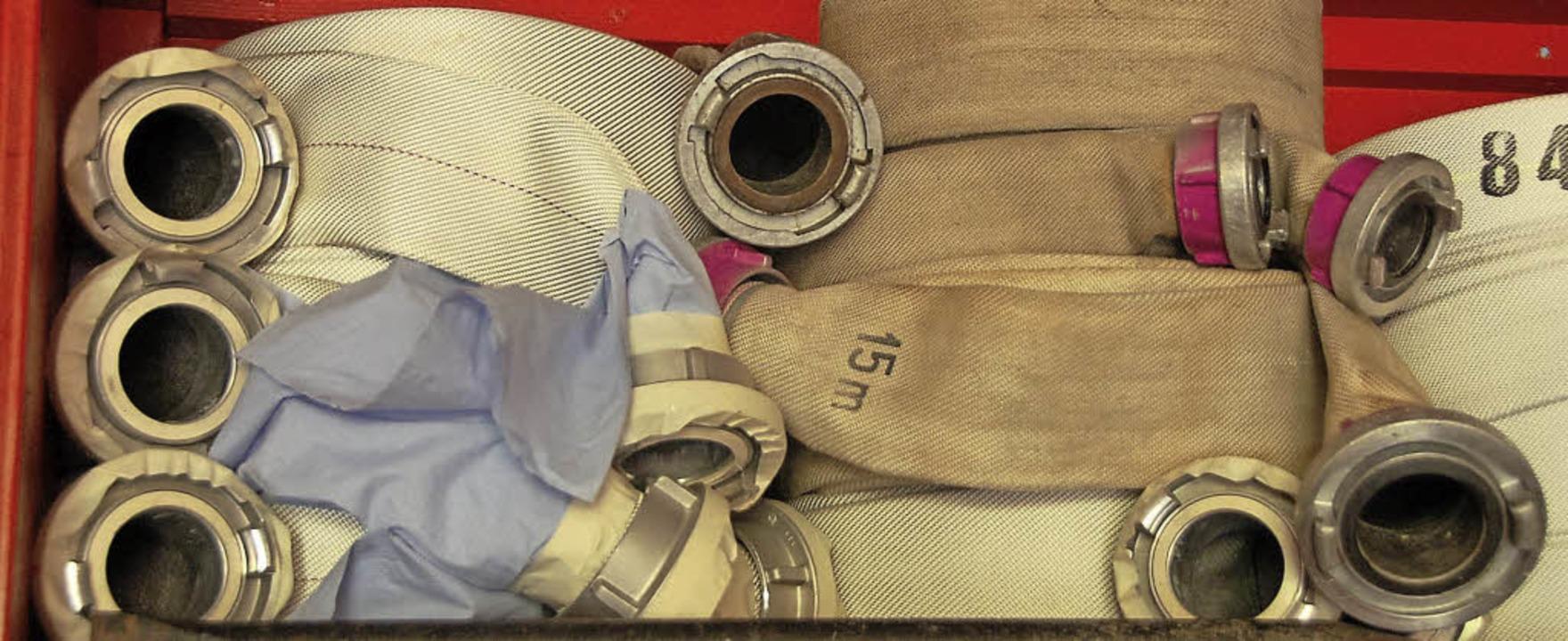 Auch wenn die Schlauchlänge reicht: Fü...im Brandfall ein Hubrettungsfahrzeug.     Foto: Blum