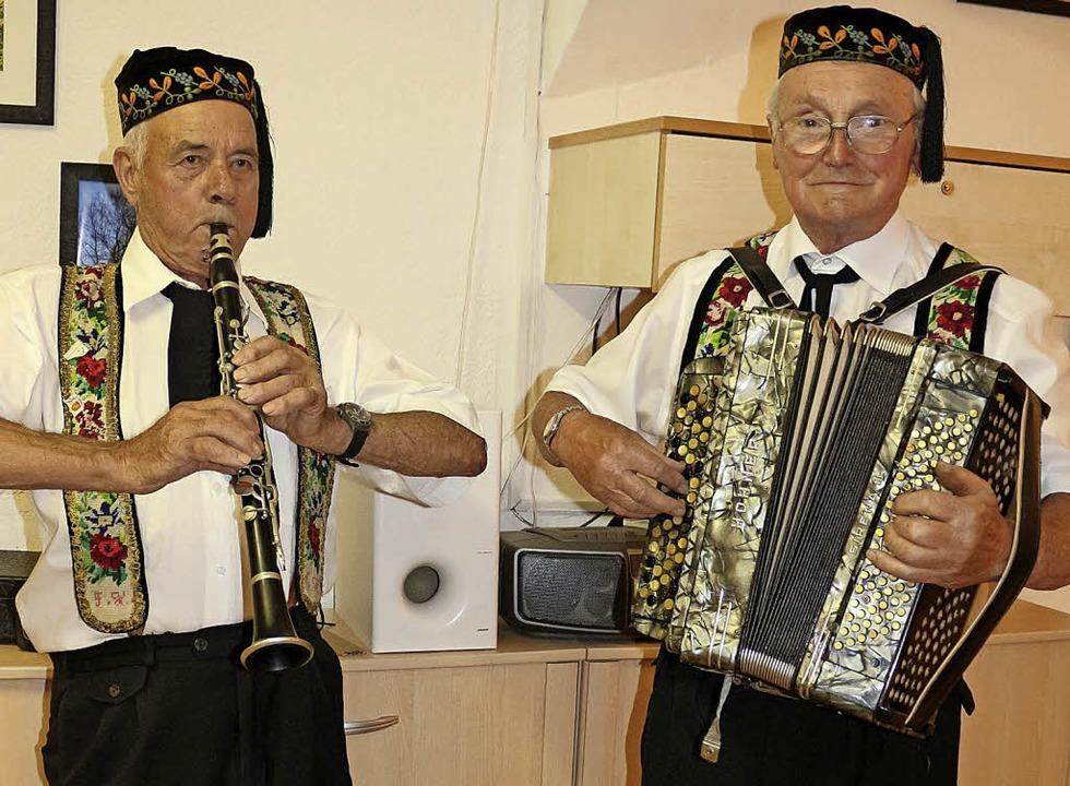 Das Öli-Duo spielte auf.   | Foto: Fotos: Karin Heiss