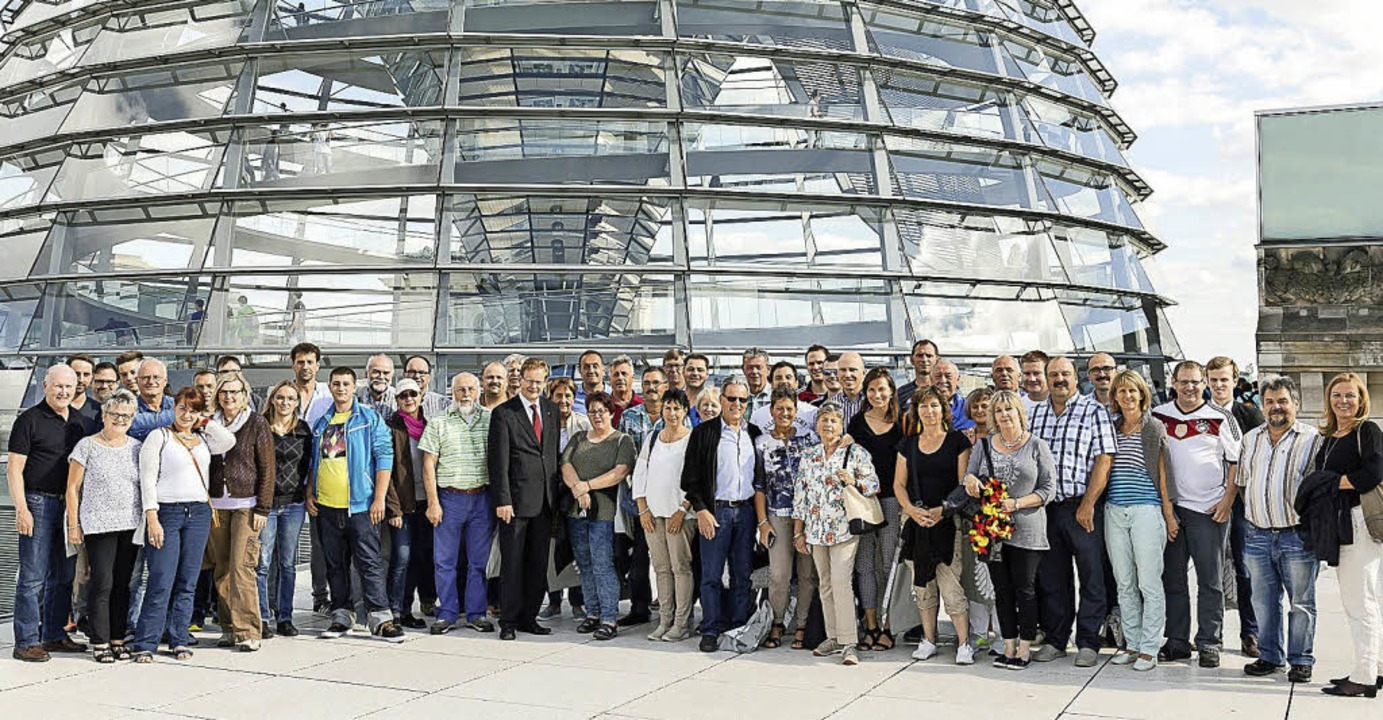 Die Jugentrainer aus dem Schwarzwald g... hier vor der Kuppel des Bundestages.     Foto: Daniel Rudolph