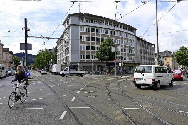 Stadt Freiburg verkauft das Gebäude Basler Straße 2 - mit oder ohne Gebäude