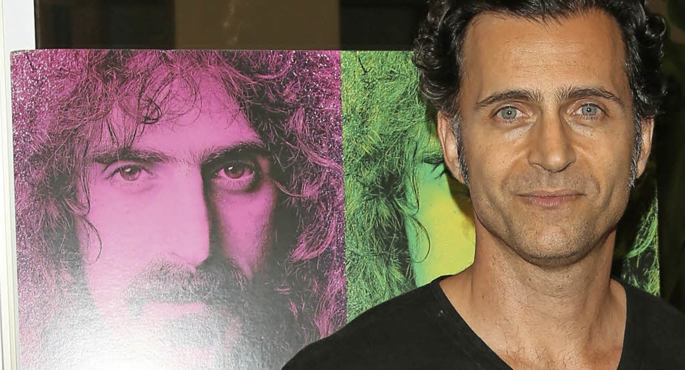 Dweezil und Frank Zappa (links)     Foto: AFP