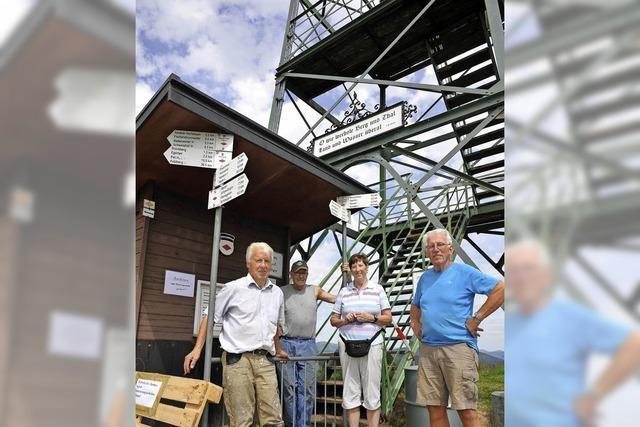 Blauenturm bleibt bis Mitte August geschlossen