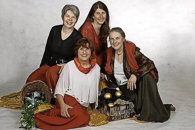 Die Erzählerinnen der Weibermär Karin Bailer, Ursula Hagedorn, Petra Leppertinger, Viola Zürcher in Müllheim