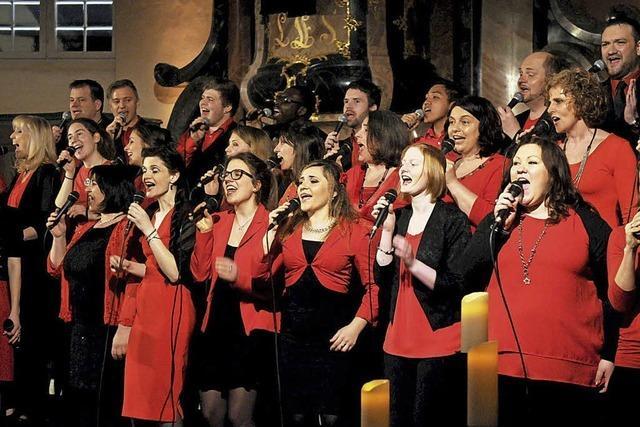Sechs Chöre musizieren in der Stiftskirche