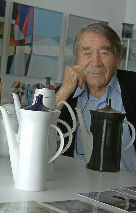 Ehrenbürger Professor Hans Theo Bauman... Schopfheim ein großzügiges Geschenk.   | Foto: Roswitha Frey