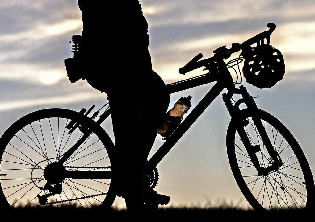 Viel Bewegung in freier Natur bietet der Sporttag.   | Foto: dpa
