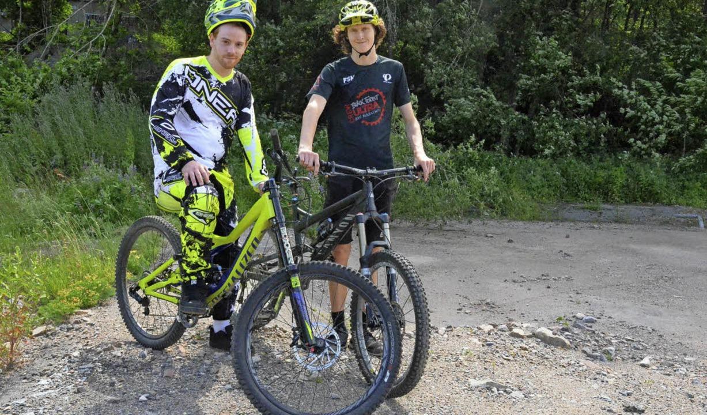 Andreas Schröder und Max Blasi wollen ... einen Mountainbikepark verwirklichen.  | Foto: Sebastian Barthmes