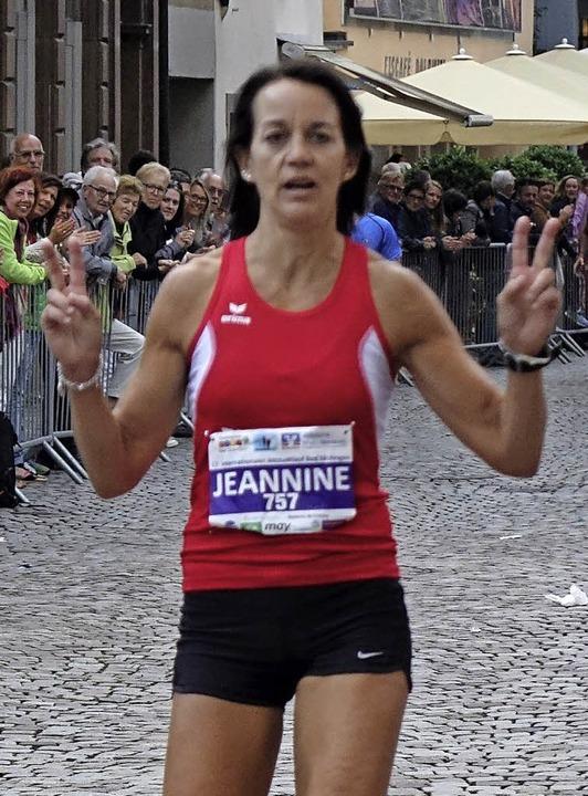 Die Seriensiegerin Jeannine Kaskel kam nach 22:16 Minuten ins Ziel.    Foto: Theresa Tröndle