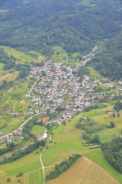 Meyers Heimatstadt Hasel aus der Luft    Foto: steudel
