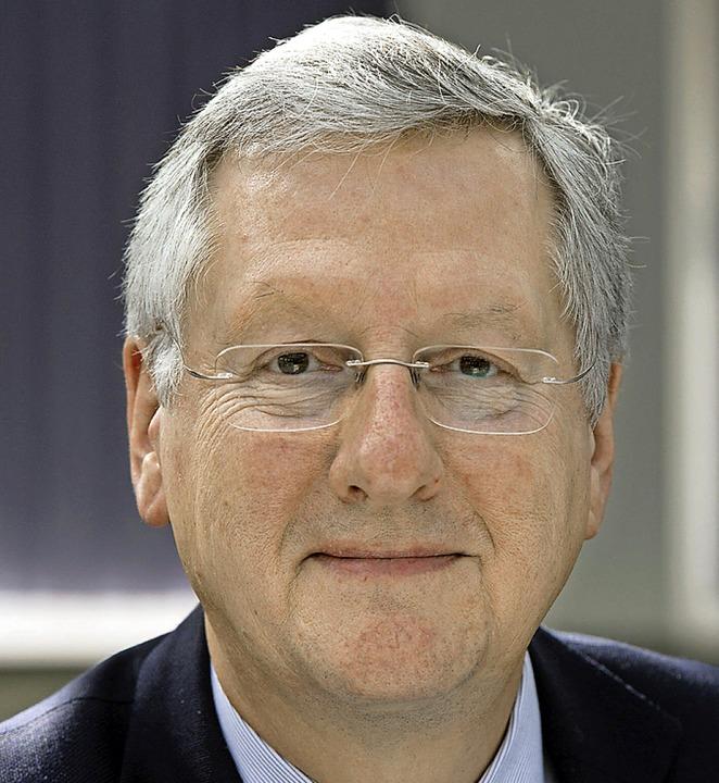 Weicht aus: Uni-Rektor Hans-Jochen Schiewer  | Foto: dpa