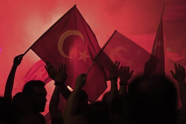 6000 Festnahmen nach vermeintlichem Putschversuch von Teilen des Militärs