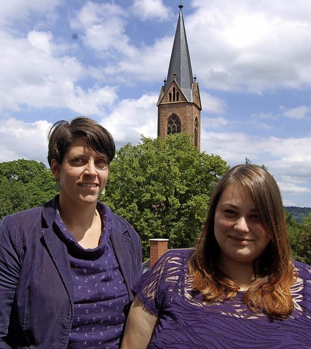 Die Stiftskirche gibt ihnen Rückhalt: ...beauftragte für Flucht und Migration.   | Foto: Hagen Späth