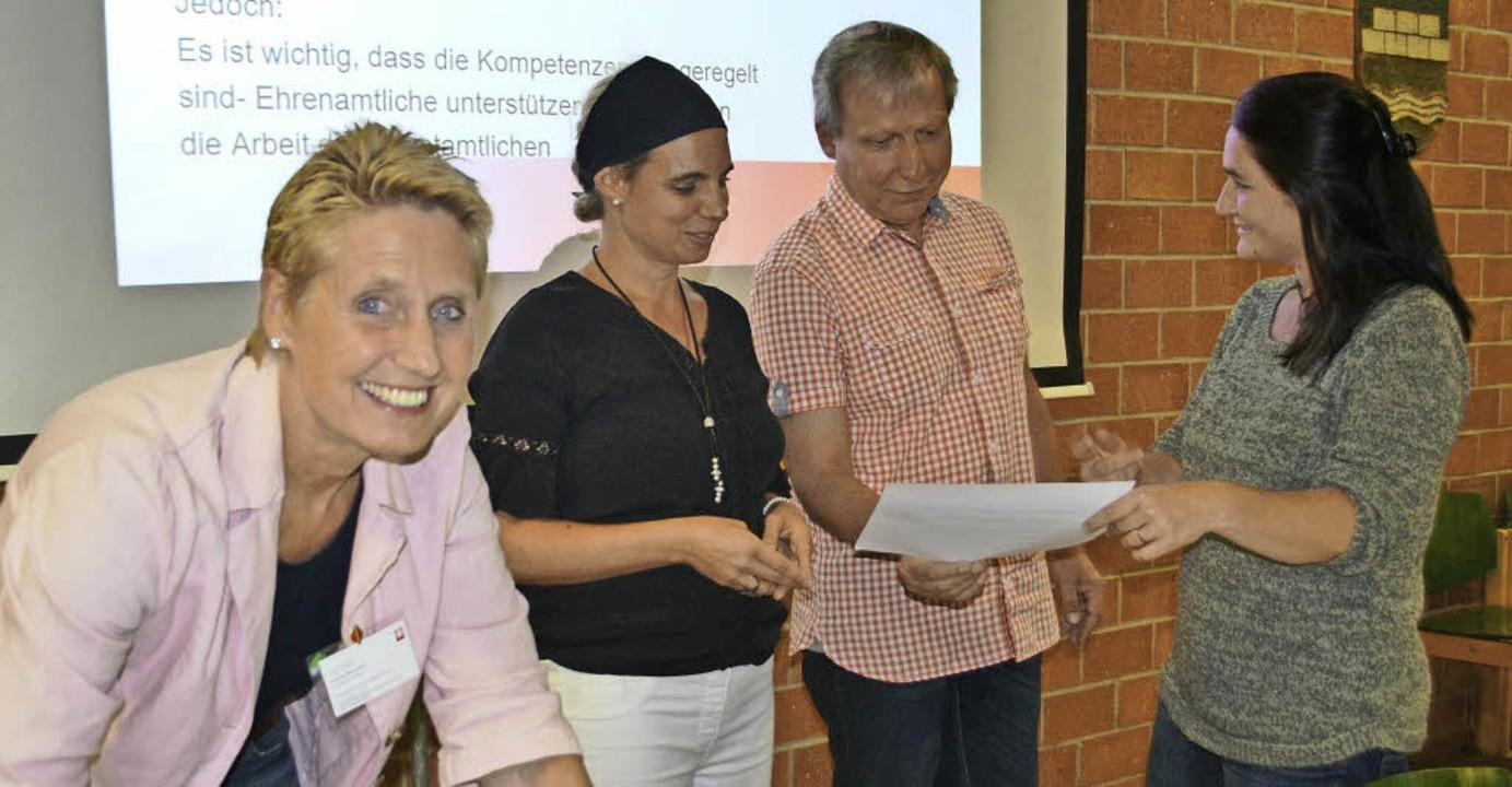 Steinens Flüchtlinge werden betreut vo...eissenberger und  Tabea Hugenschmidt.   | Foto: Berger/Bergmann