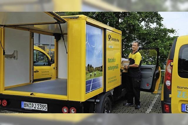 Die Post fährt Päckchen und Pakete jetzt mit Elektromobilen aus