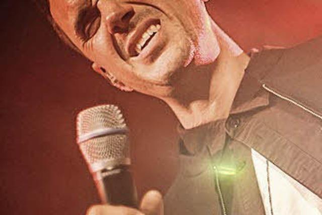 Der Schweizer Soul-Sänger spielt im ausverkauften Spiegelzelt