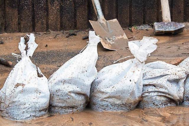 Landkreis hält 8000 Sandsäcke für Hochwasser bereit