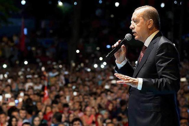 Im türkischen Parlament zeichnet sich Mehrheit für Todesstrafe ab
